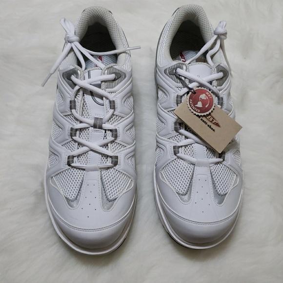 83e8d486bb7c MBT Men s Sport 2 walking shoe